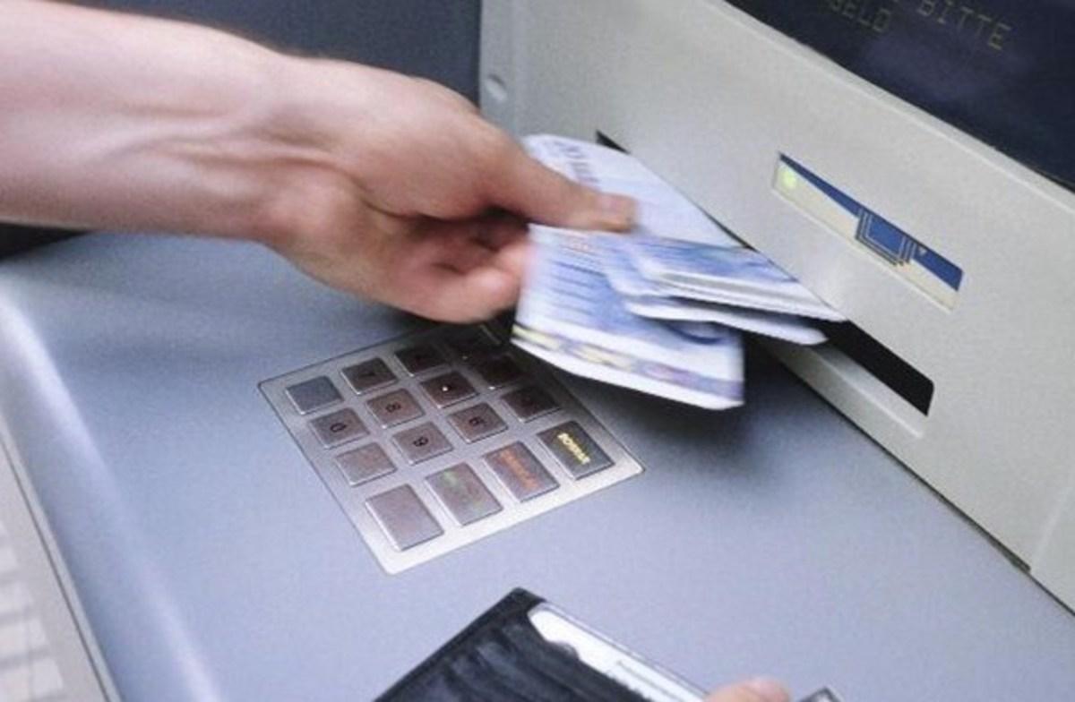 341 καταγγελίες για μη καταβολή δώρου – Στο αυτόφωρο 23 περιπτώσεις | Newsit.gr