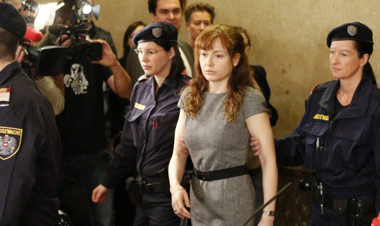Σκότωσε κι έκανε κομμάτια τον άνδρα και τον εραστή της | Newsit.gr