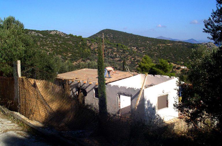 Μέχρι την Άνοιξη η οριστική λύση στα αυθαίρετα | Newsit.gr