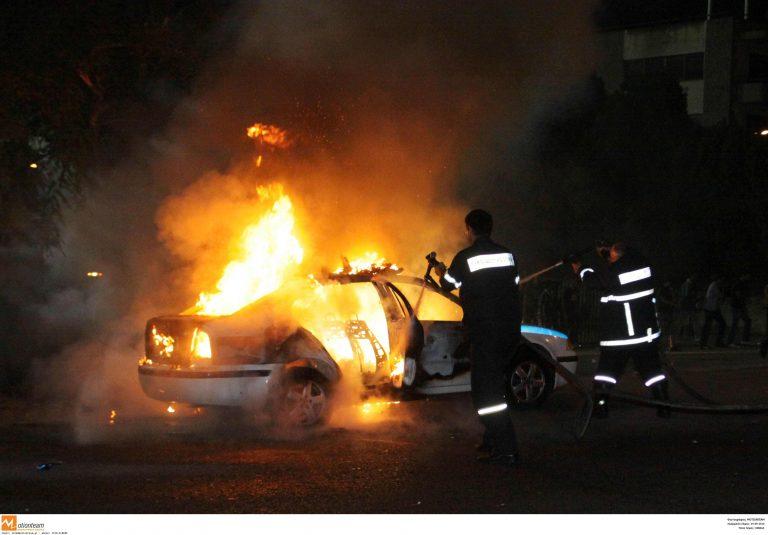 Πάτρα: Εμπρησμός σε δύο αυτοκίνητα | Newsit.gr