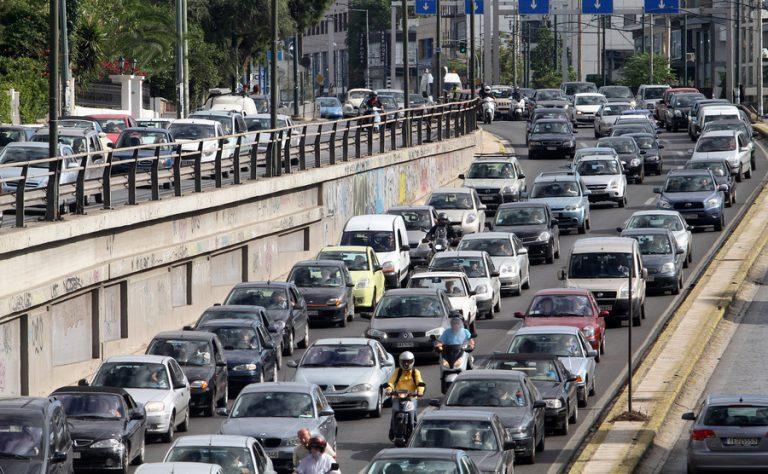 Τέλη κυκλοφορίας αυτοκινήτων 2017: Φωτιά από 1.400 ως 1.800 κυβικά και όσα κινούνται με πετρέλαιο! | Newsit.gr