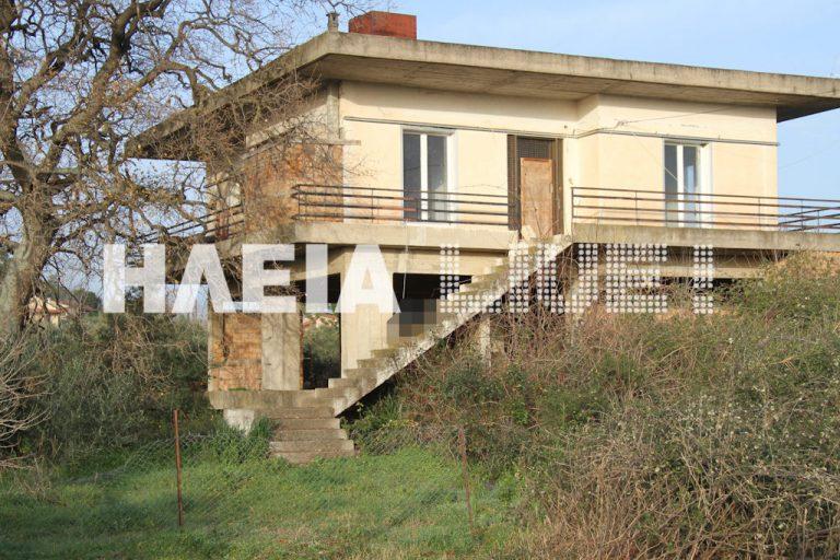 Ηλεία: Ξύπνησε και κρεμάστηκε από τα κάγκελα του μπαλκονιού!   Newsit.gr