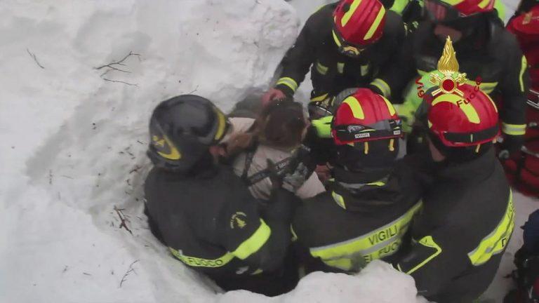 Ιταλία: Οκτώ οι επιζώντες στο ξενοδοχείο! Πως κατάφεραν να κρατηθούν στη ζωή! | Newsit.gr