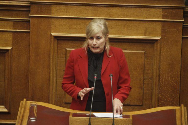 Αυλωνίτου σε Τσακαλώτο: «Τι θα κάνετε για την καταπολέμηση του παράνομου τζόγου;» | Newsit.gr