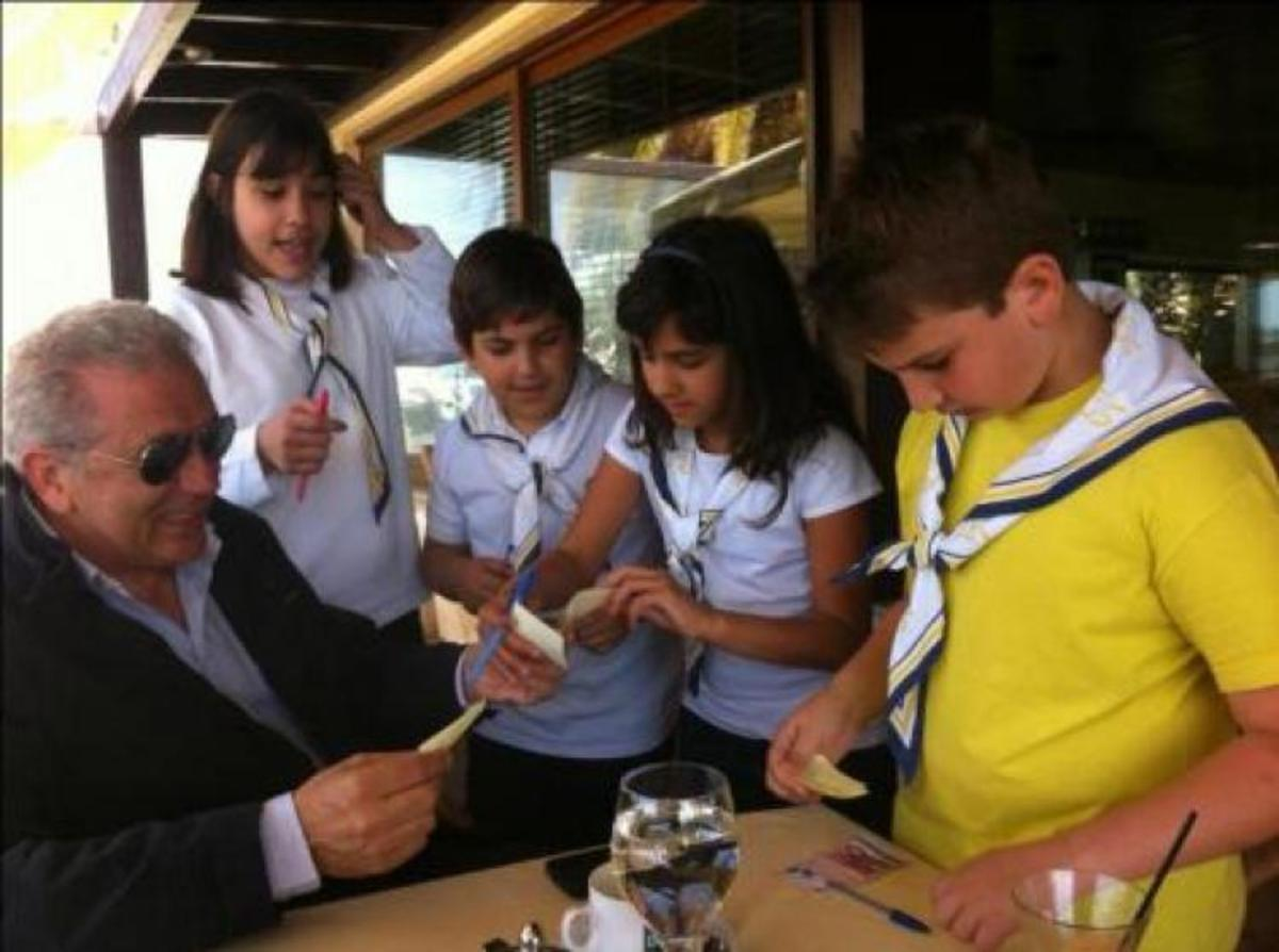 O Αβραμόπουλος ψάχνει τα 10 εκατομμύρια για τη μεταφορά των Abrams στη λοταρία – Φωτό! | Newsit.gr