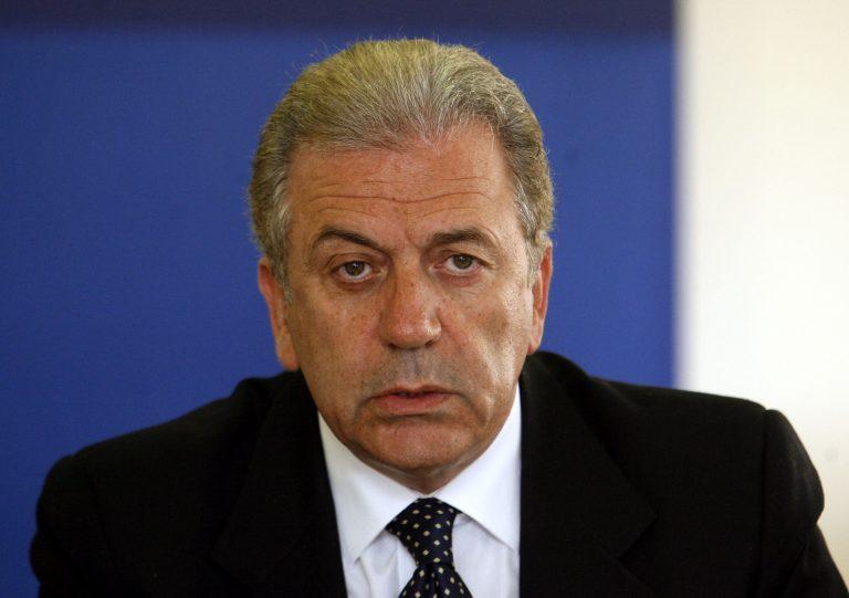 Αβραμόπουλος: ΗΠΑ και Ε.Ε συνεχίζουν την στενή συνεργασία για την ασφάλεια των πολιτών | Newsit.gr