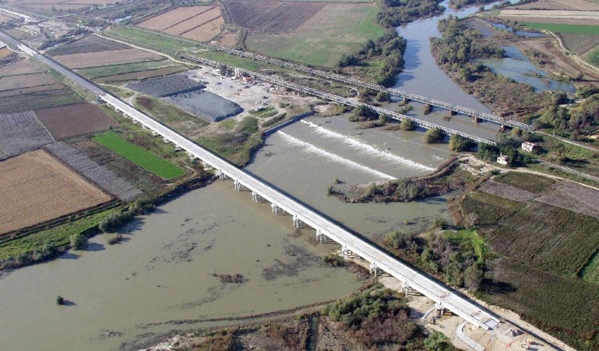 Θεσσαλονίκη: Αρχίζουν τα έργα στη γέφυρα του Αξιού   Newsit.gr