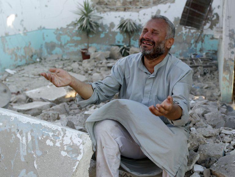 Συρία: Βομβαρδίζουν πάλι την Αζάζ | Newsit.gr