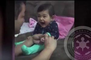 Θα σας φτιάξει τη μέρα! Μωράκι κάνει πλάκα στον μπαμπά του! [vid]