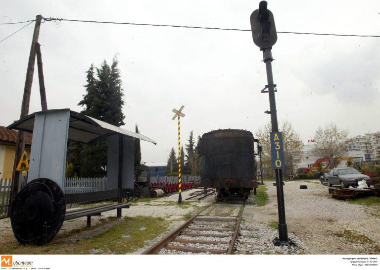 Πάτρα: Καταλύματα και παλιά βαγόνια με δεκάδες μετανάστες   Newsit.gr
