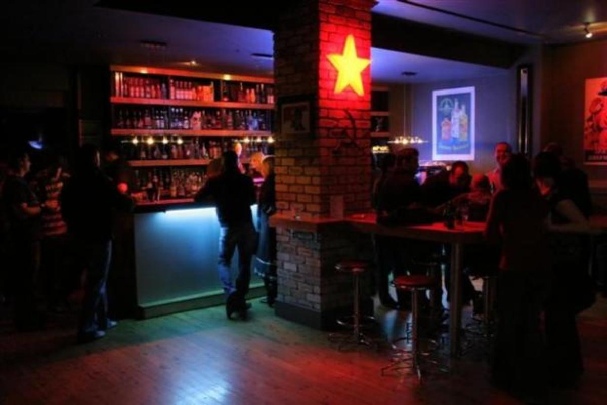 Λέσβος: Στο μπαρ σέρβιραν και σεξ… | Newsit.gr