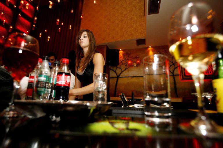 Σέρρες: Ληστεία σε μπαρ   Newsit.gr