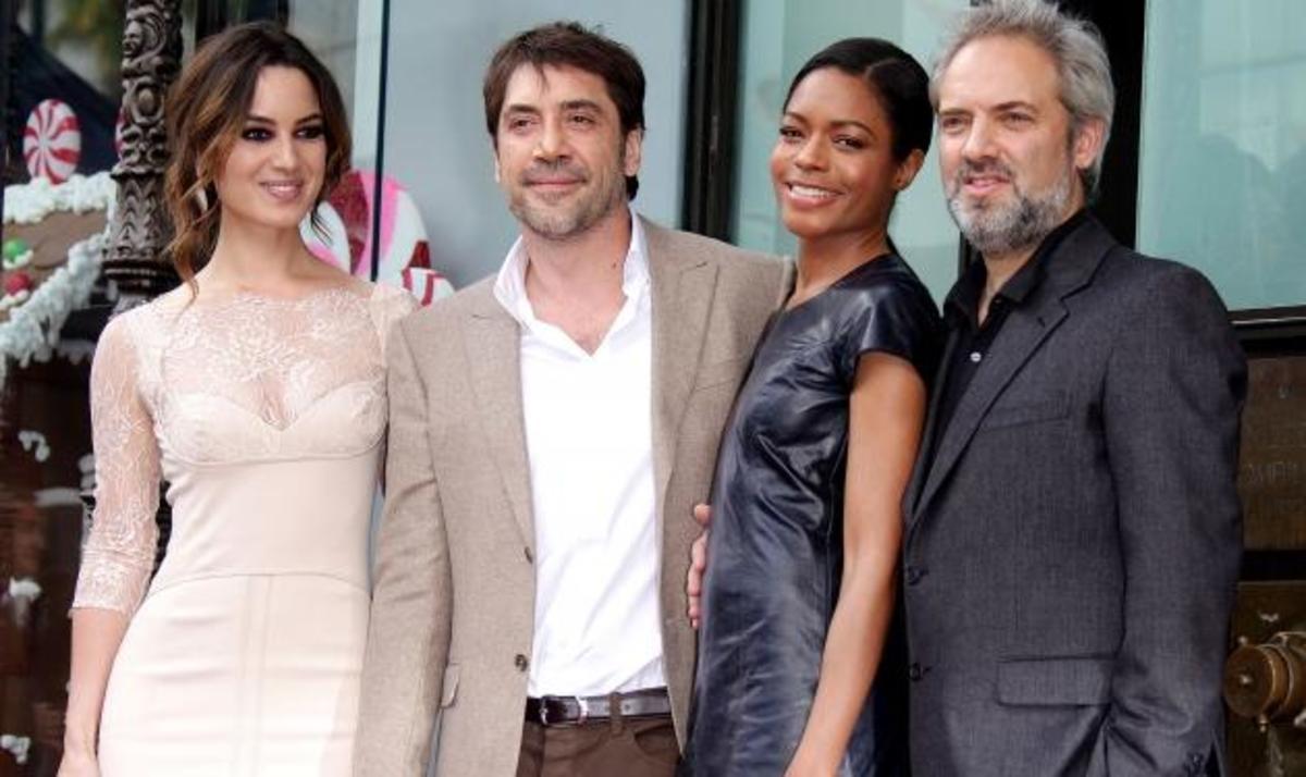 J. Bardem: Στη Λεωφόρο της Δόξας στο Χόλιγουντ με… τα κορίτσια του James Bond! | Newsit.gr