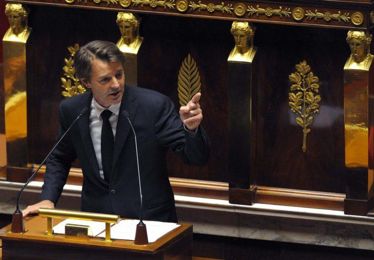 Ο… ευτυχής Μπαρουέν ανακοίνωσε μείωση του ελλείμματος της Γαλλίας | Newsit.gr