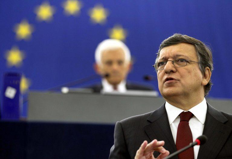 Ο Μπαρόζο τονίζει τα βασικά σημεία της λύση για το ελληνικό χρέος | Newsit.gr