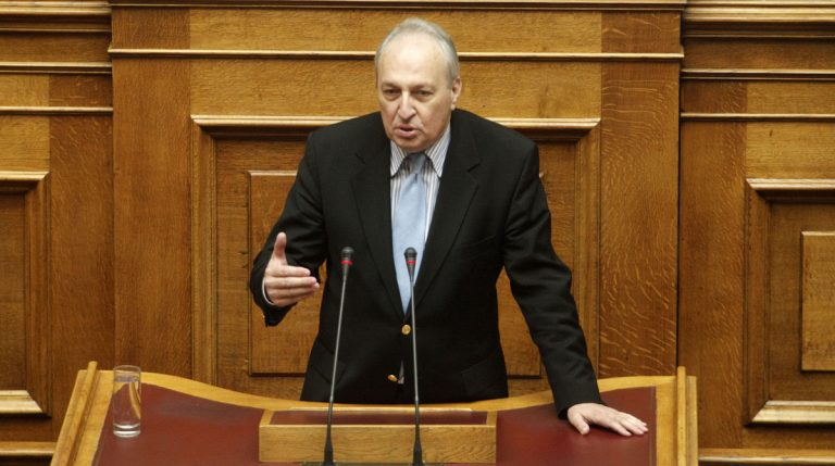 Πέθανε ξαφνικά ο Βαγγέλης Μπασιάκος! | Newsit.gr