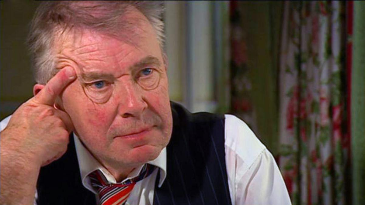 Βρετανός παρουσιαστής βοήθησε στην αυτοκτονία του εραστής του | Newsit.gr