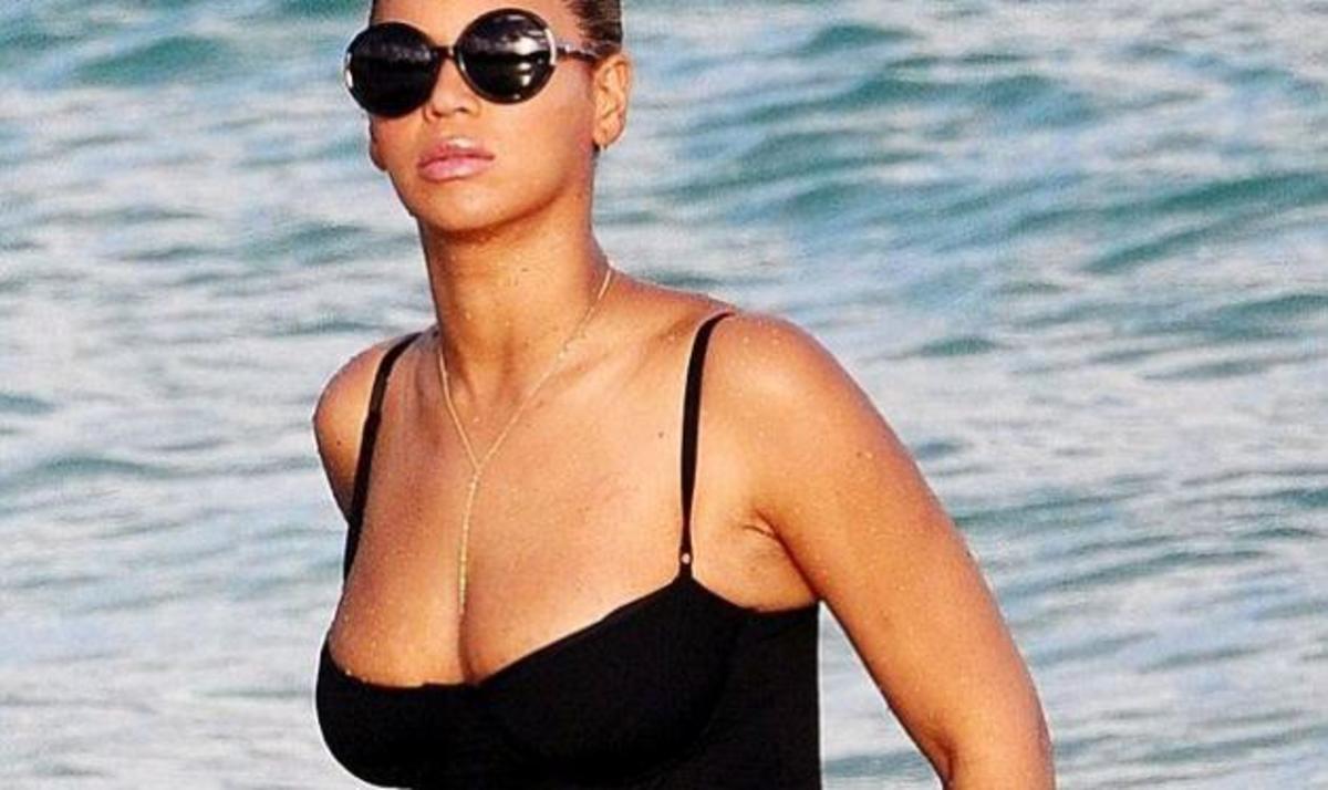 Η πρώτη εμφάνιση της Beyonce με μαγιό μετά τη γέννηση της κόρης της! | Newsit.gr