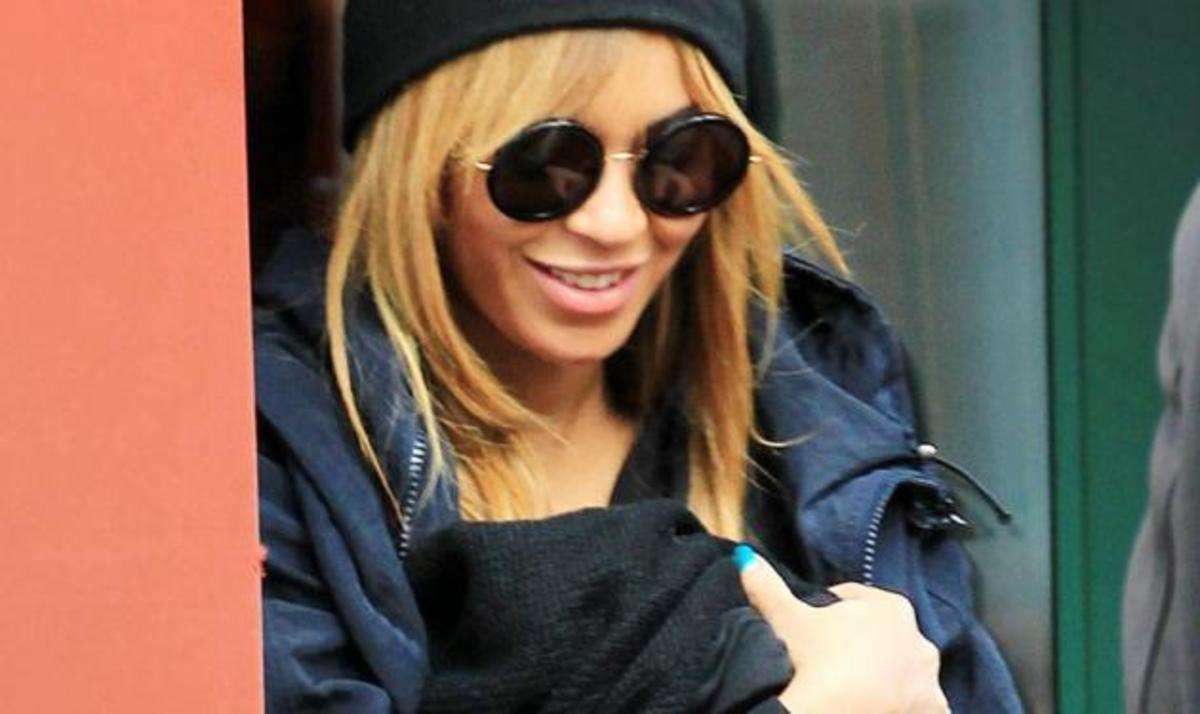 Beyonce – Jay Z: Η πρώτη βόλτα με την κορούλα τους στη Νέα Υόρκη! | Newsit.gr