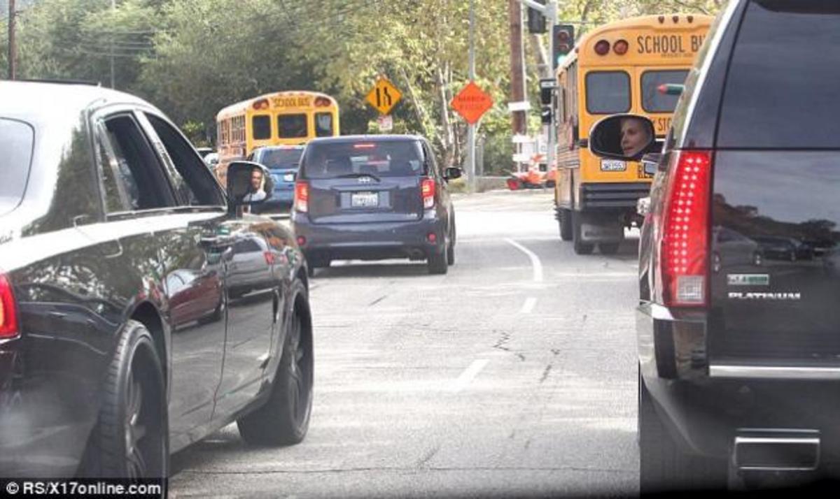 Αυτές είναι συναντήσεις! Ο D. Beckham μιλάει με την H. Klum καθώς είναι κολλημένοι στην κίνηση! | Newsit.gr