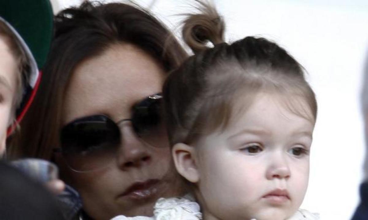 H οικογένεια Beckham πάει γήπεδο!   Newsit.gr
