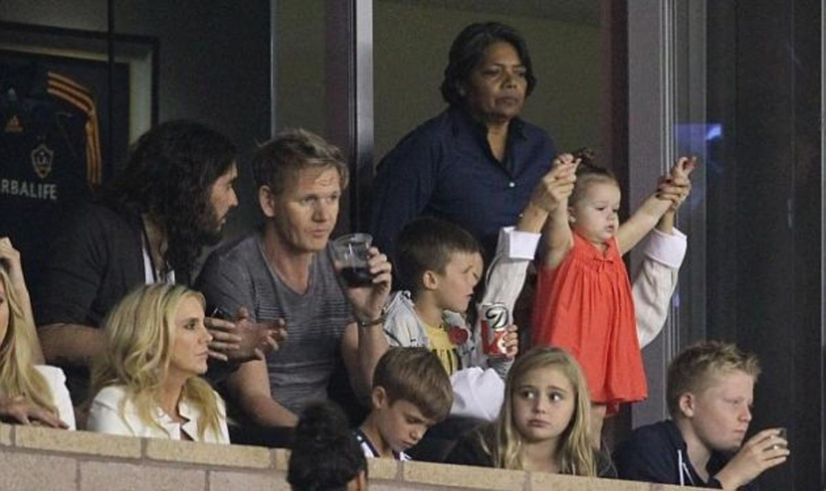 Harper Seven: Η πιο φανατική οπαδός του μπαμπά της David Beckham! | Newsit.gr