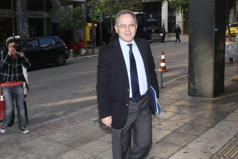 Ο εκπρόσωπος Τύπου του ΠΑΣΟΚ και πρώην ΥΕΘΑ Π.Μπεγλίτης…ξαναχτυπά! | Newsit.gr