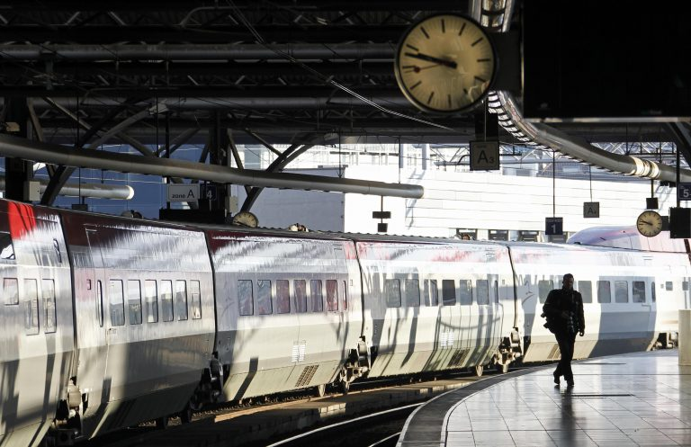 Σύγκρουση τρένων με δεκάδες τραυματίες στην Ελβετία | Newsit.gr