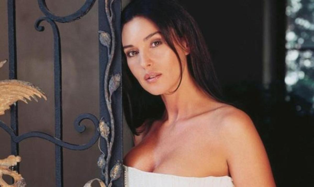 Πρόταση-έκπληξη στην Μόνικα Μπελούτσι από την Ελλάδα! | Newsit.gr