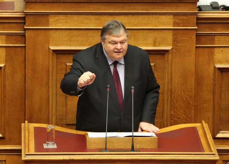 Βενιζέλος: Ο Σαμαράς δεν λέει τίποτα για τις ευθύνες του   Newsit.gr