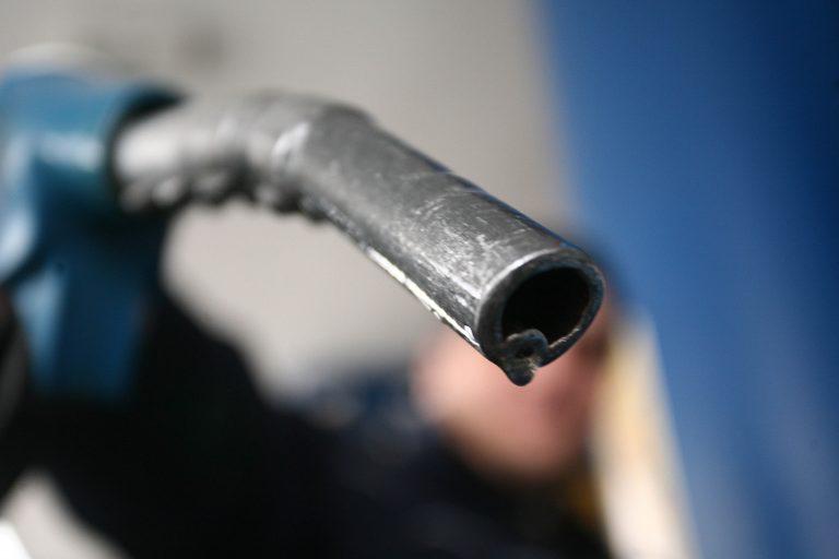 Έρευνες ΣΔΟΕ στον Στρατό για νοθεία στα καύσιμα | Newsit.gr