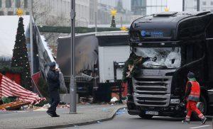 Βερολίνο: Βρήκαν τα αποτυπώματα του Τυνήσιου δράστη στην πόρτα του μοιραίου φορτηγού