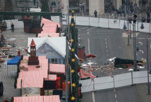 Μακελειό στο Βερολίνο: Πέρασε από την Ελλάδα ο δράστης;