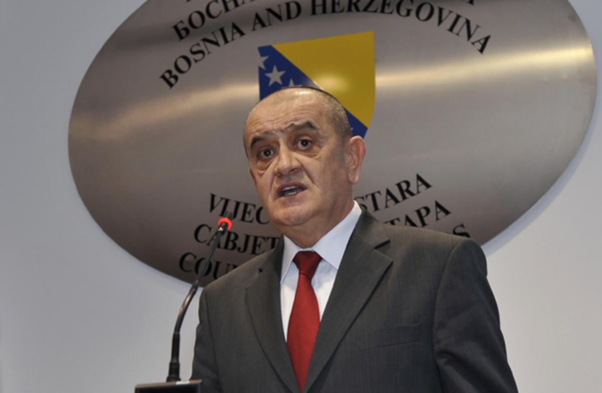 Η βοσνιακή κυβέρνηση διαψεύδει τη λήψη μέτρων λιτότητας, λόγω της συμφωνίας με το ΔΝΤ | Newsit.gr