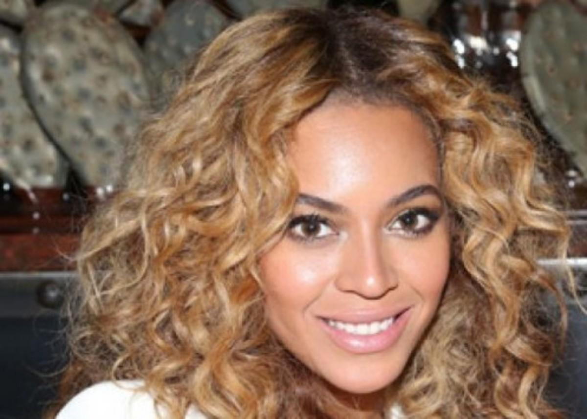Ποιος σχεδιαστής θα αναλάβει τα κοστούμια της Beyonce; | Newsit.gr