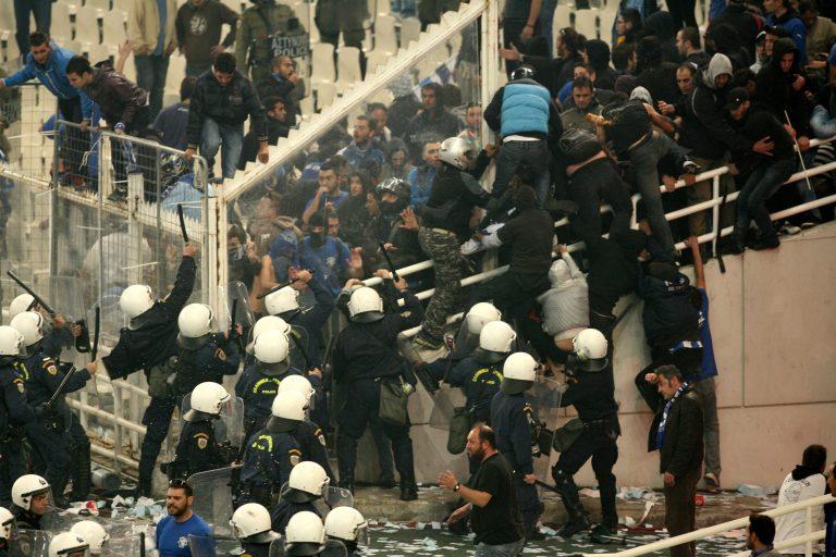 Βαρύτατες κατηγορίες από τον εισαγγελέα στους 13 συλληφθέντες | Newsit.gr