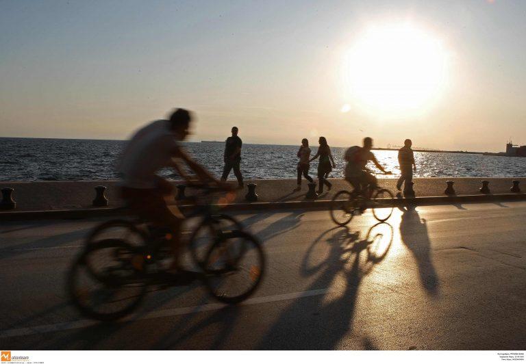 Βόλος: Οδηγός παρέσυρε 22χρονη ποδηλάτρια | Newsit.gr