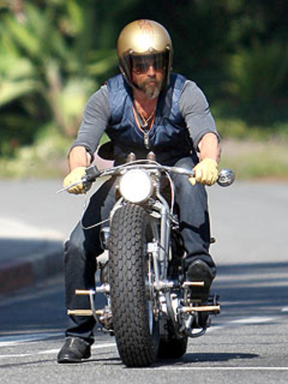 Ο Βrad Pitt ψάχνει για καινούρια μηχανή | Newsit.gr