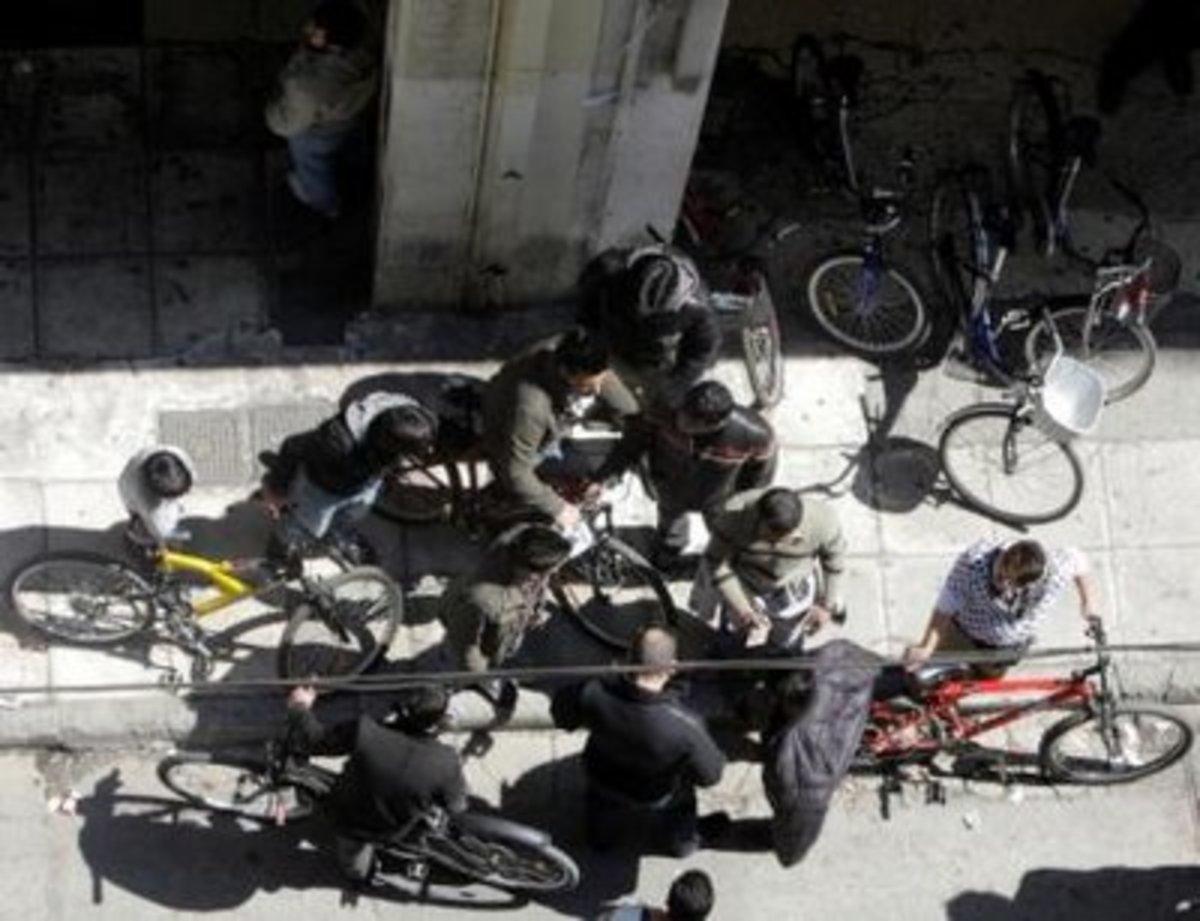 Χρυσές δουλειές κάνουν οι κλέφτες ποδηλάτων!   Newsit.gr
