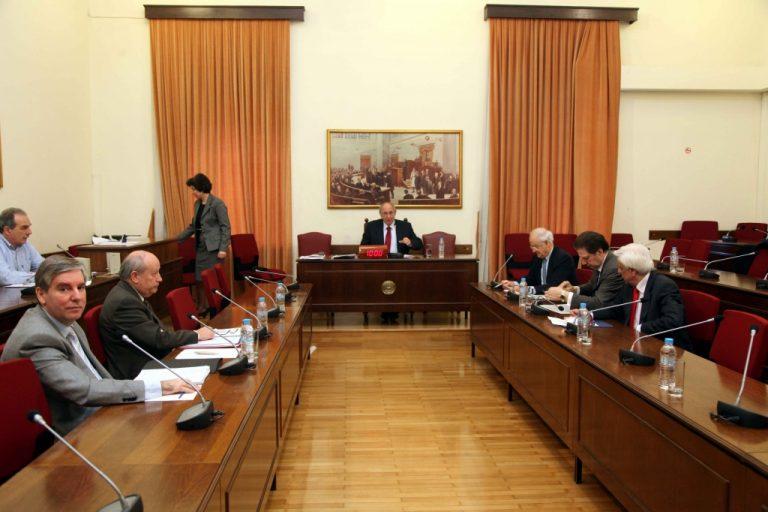 Υποκρισία: Η επιτροπή για το μαύρο χρήμα δεν έχει ελεγκτές! | Newsit.gr