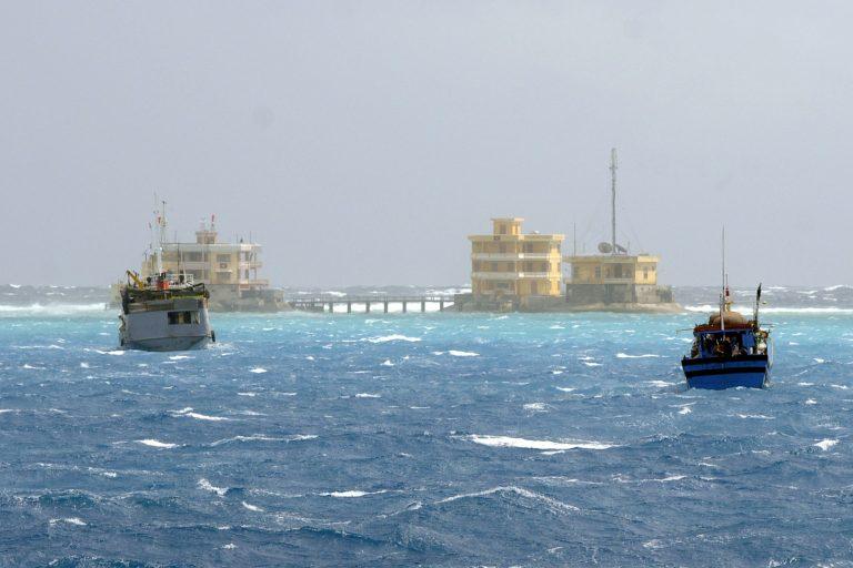 Τραγωδία! Έξι παιδιά νεκρά, δυο αγνοούμενα από ανατροπή βάρκας στις Φιλιππίνες   Newsit.gr