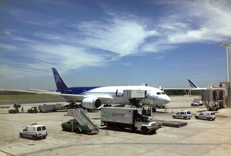 «Καθήλωσαν» το super αεροπλάνο και οι ΗΠΑ   Newsit.gr
