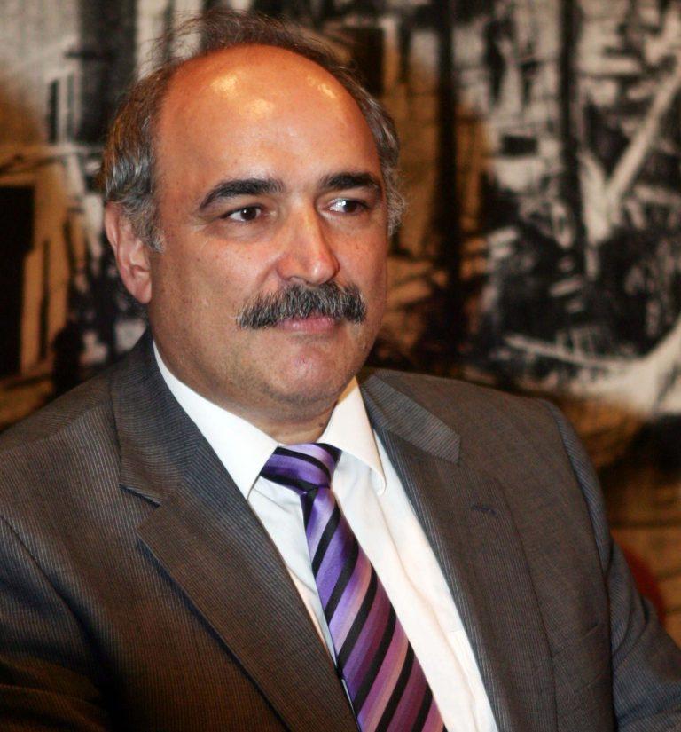 Με τη νέα γρίπη ο υφυπουργός Μπόλαρης | Newsit.gr