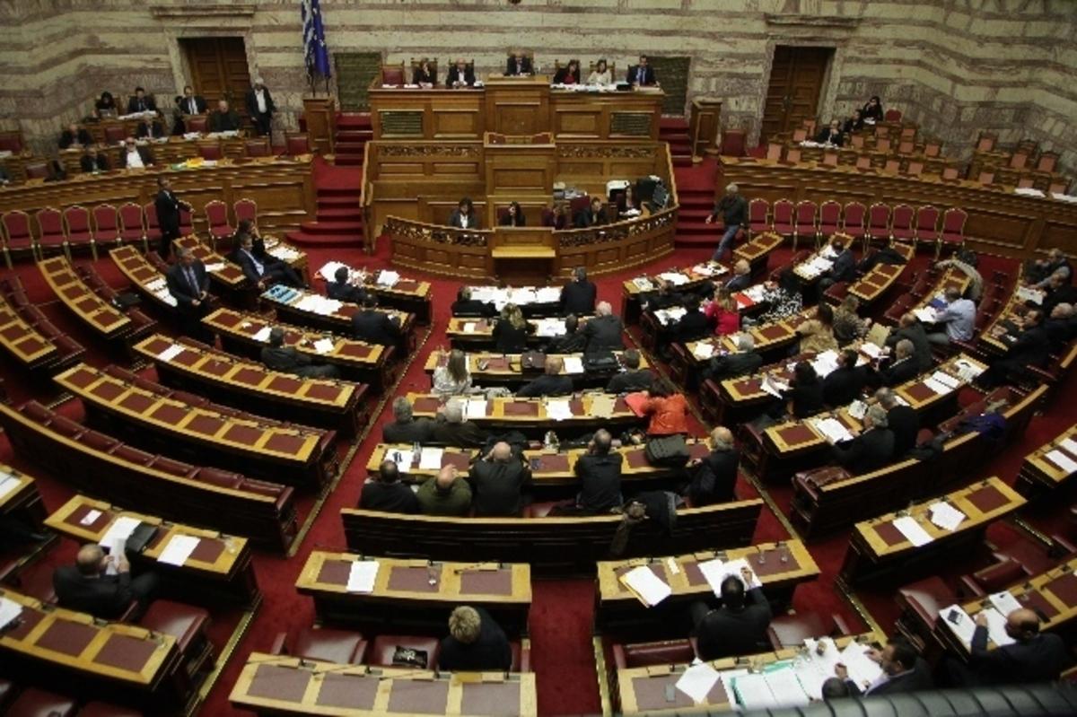 Πόσο αλήθεια μπορεί να είναι τα 6 δις του παράνομου τζόγου; | Newsit.gr