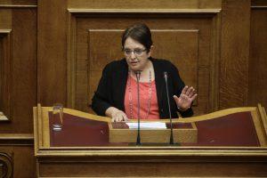 Βολές από την Αλέκα Παπαρήγα σε ΣΥΡΙΖΑ: Είναι το νέο πολιτικό τζάκι