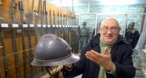 Επτά τόνοι πυρομαχικών στο σπίτι του προέδρου του… Μουσείου της Ειρήνης!