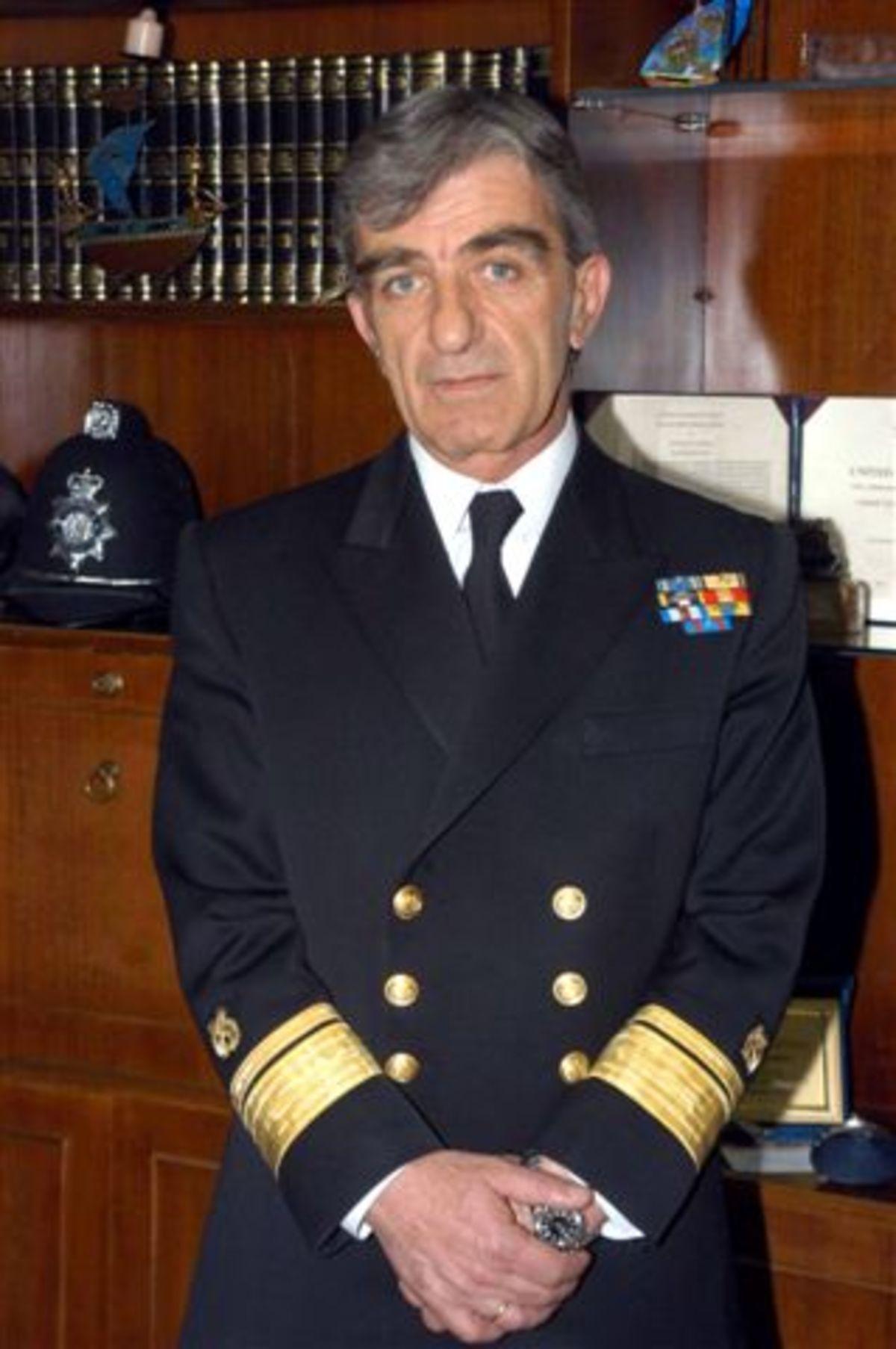 Ο νέος αρχηγός του Λιμενικού   Newsit.gr