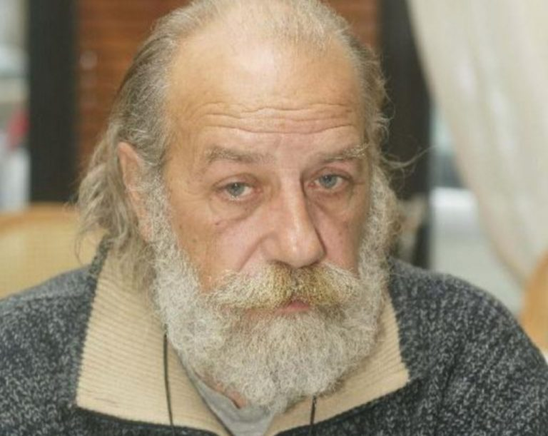 Έφυγε από τη ζωή ο Βασίλης Μποζίκης | Newsit.gr