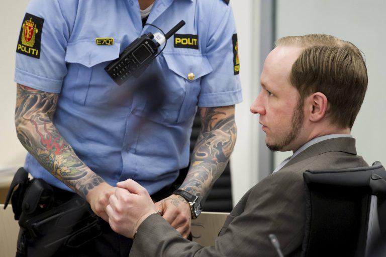 Ο μακελάρης της Νορβηγίας ετοιμάζει… διάγγελμα – Την Παρασκευή η ετυμηγορία για τον Μπρέιβικ | Newsit.gr