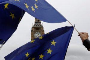 Δύσκολες εποχές περιμένουν τη Βρετανία – Πώς επλήγη η οικονομία από το Brexit